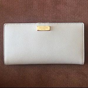 Kate Spade ♠️ Newbury Lane 'Stacy' Wallet